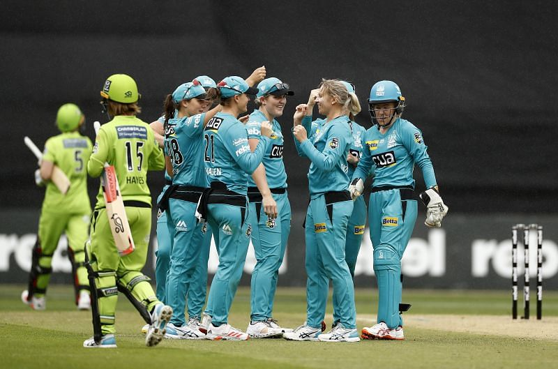 Sydney Thunder take on the Brisbane Heat in the second semi-finals of the WBBL.