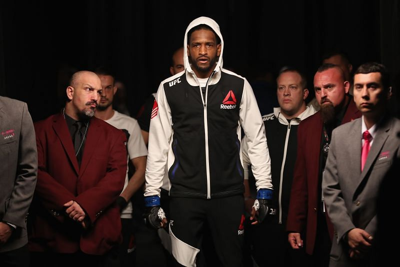 Neil Magny in his way into the octagon