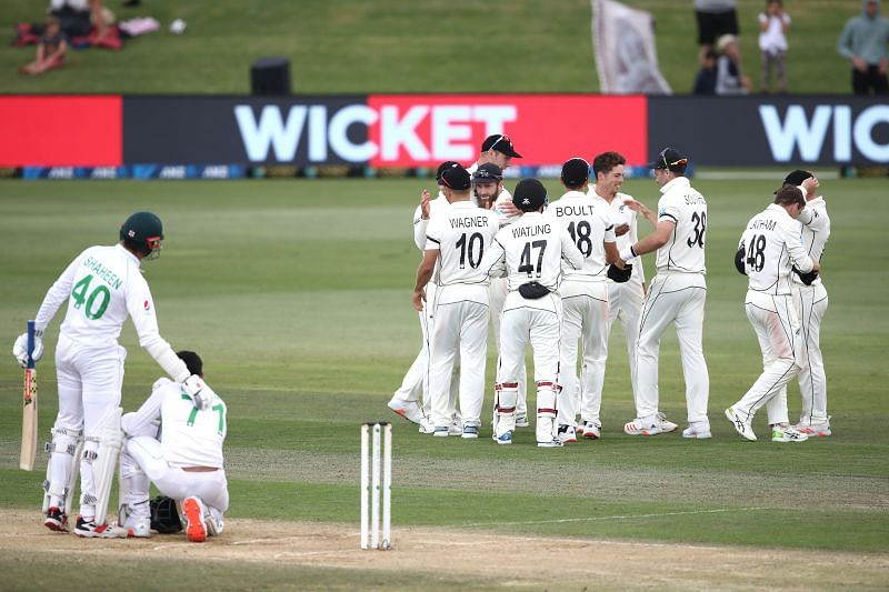 New Zealand defeated the Pakistan cricket team in the final hour of Day 5