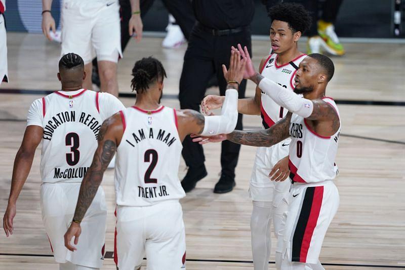 Los Angeles Lakers vs Portland Trail Blazers - Game Three