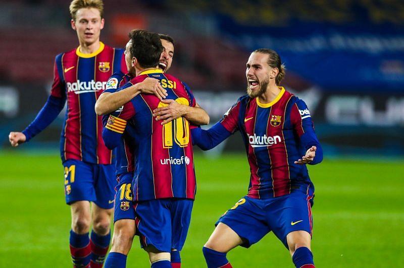 Barcelona beat Real Sociedad 2-1 in the La Liga
