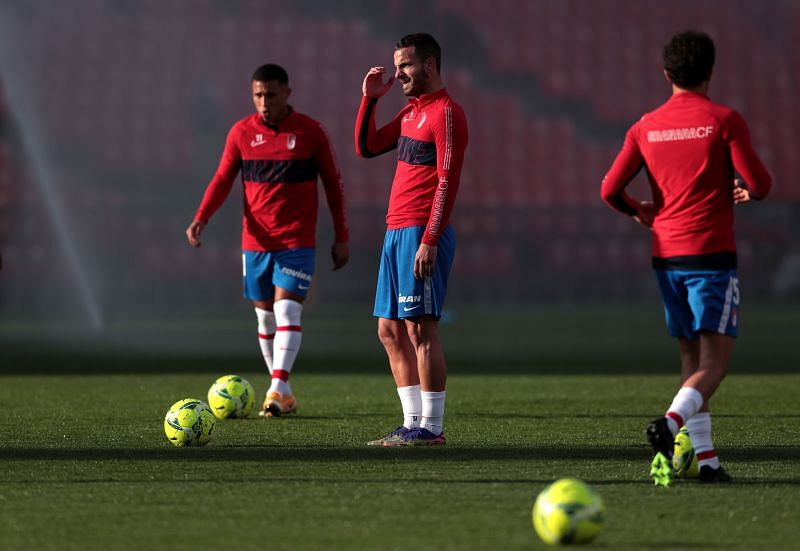 Granada welcome Valencia for their final fixture of 2020