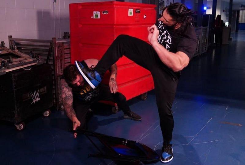 SmackDown में दिखा रोमन रेंस का बहुत ही ज्यादा खतरनाक रूप