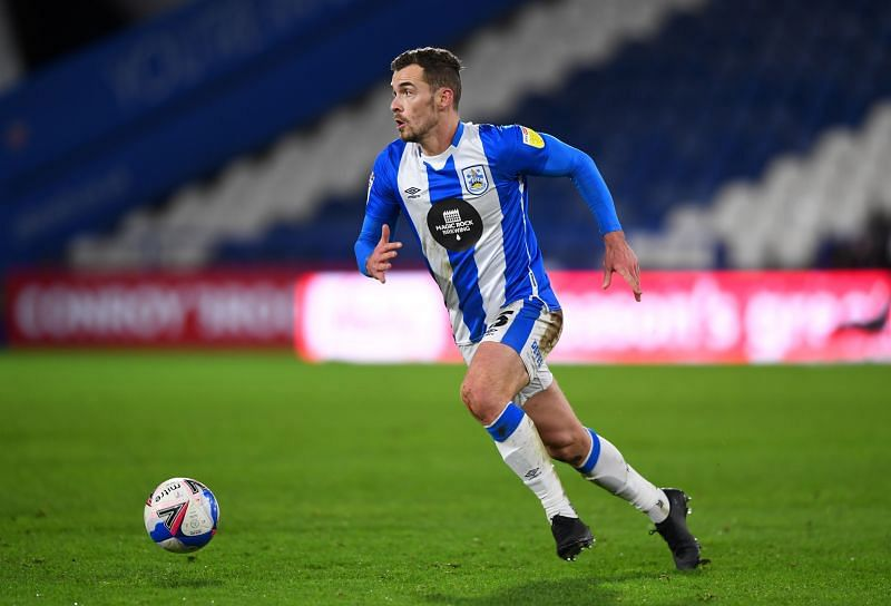 Huddersfield Town welcome Reading in EFL Championship action
