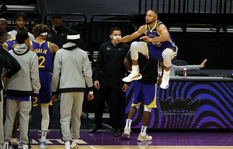 Golden State Warriors v Sacramento Kings.