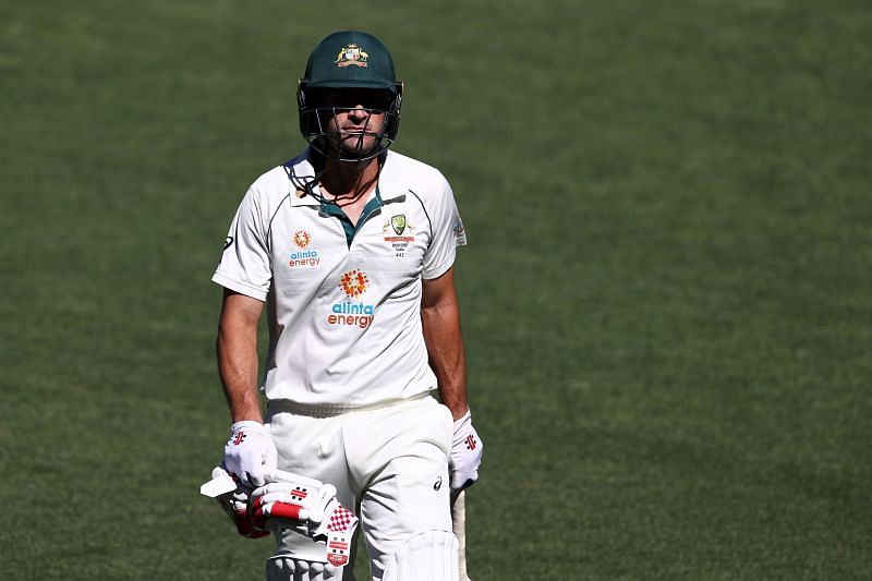 Ricky Ponting admitted that Burns was clearly struggling on Day 2.