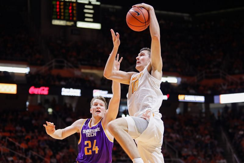 Tennessee Tech v Tennessee