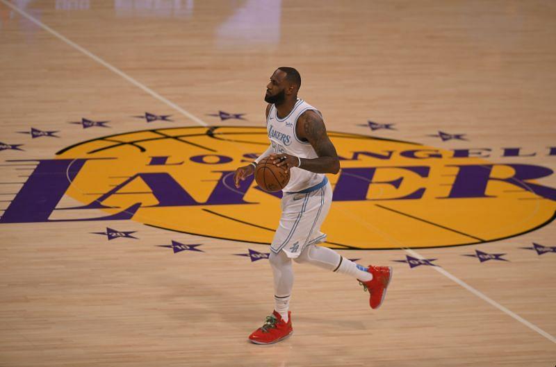 Dallas Mavericks v Los Angeles Lakers.