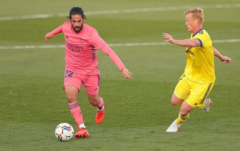 Isco in action for Real Madrid against Cadiz