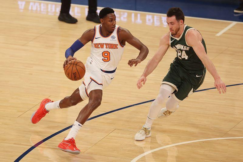 Milwaukee Bucks v New York Knicks New Orleans Pelicans v Toronto Raptors