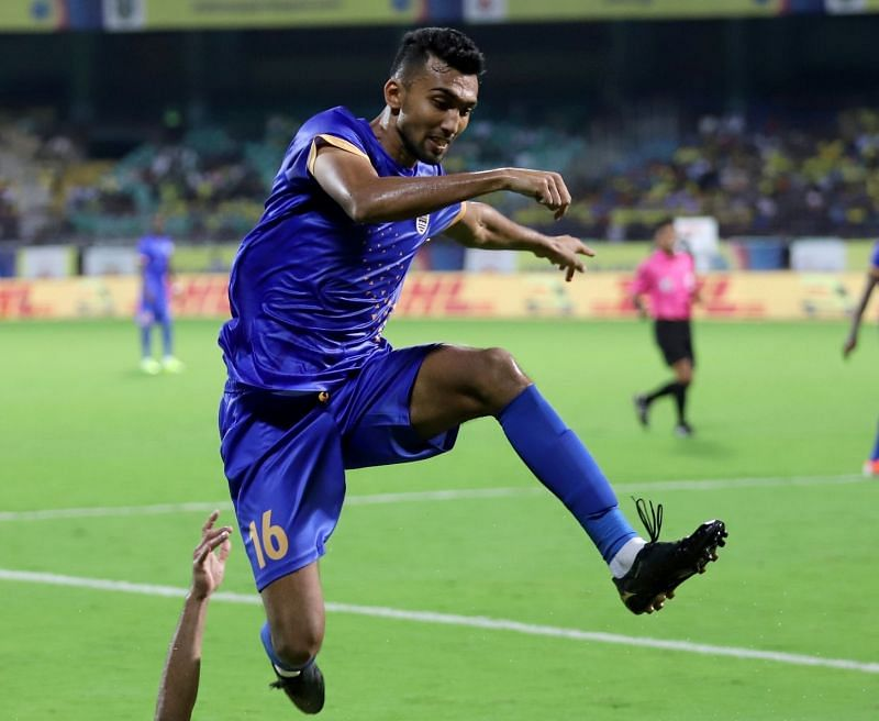 Sarthak Golui in action for Mumbai City FC this season (Image Courtesy: ISL Media)