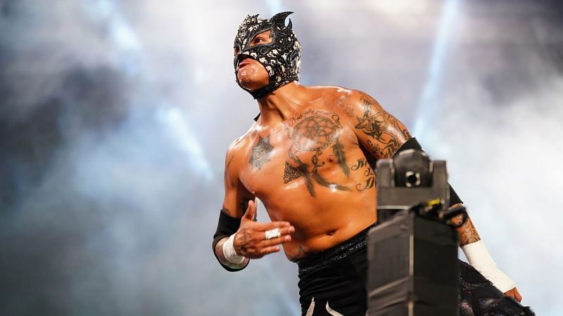 Rey Fenix is the next in line to get an AEW World title match against Kenny Omega.
