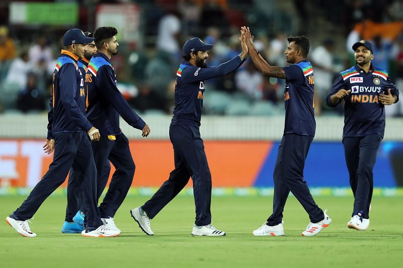 Team India celebrates after picking up a wicket.