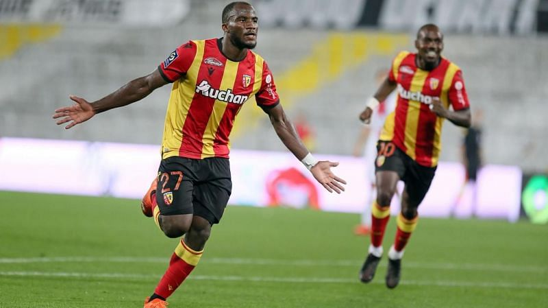 RC Lens take on Brest in their midweek Ligue 1 fixture.