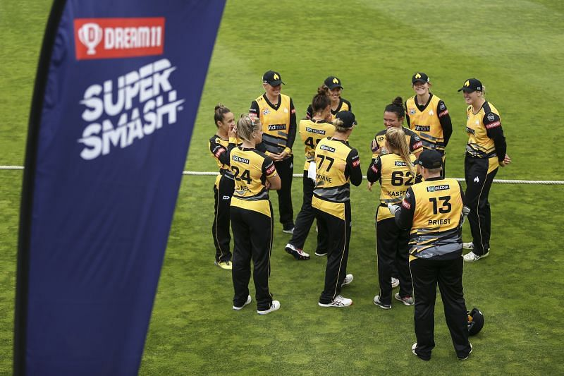 Wellington Blaze v Auckland Hearts - Super Smash