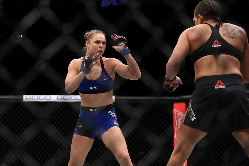 UFC 207 Nunes v Rousey