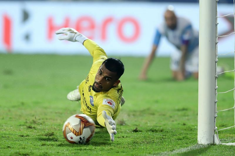 Rehenesh TP made some crucial saves for Jamshedpur FC in their encounter against Bengaluru FC (Image Courtesy: ISL Media)