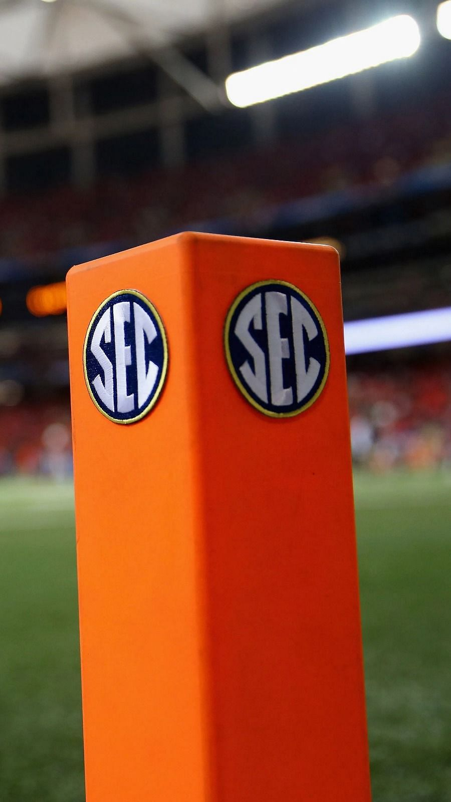 Sec And Espn Agree To 10 Year Deal Espn Gets Rights To Sec Football And Basketball