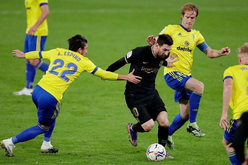 Messi in action against Cadiz