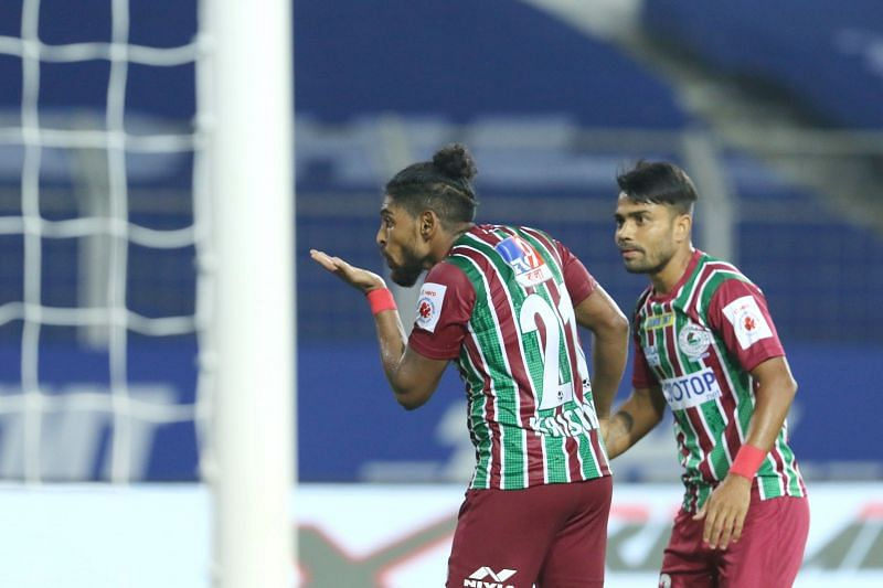 Roy Krishna celebrates after converting his penalty (Image courtesy: ISL)