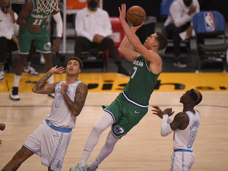 Dwight Powell in action for the Dallas Mavericks