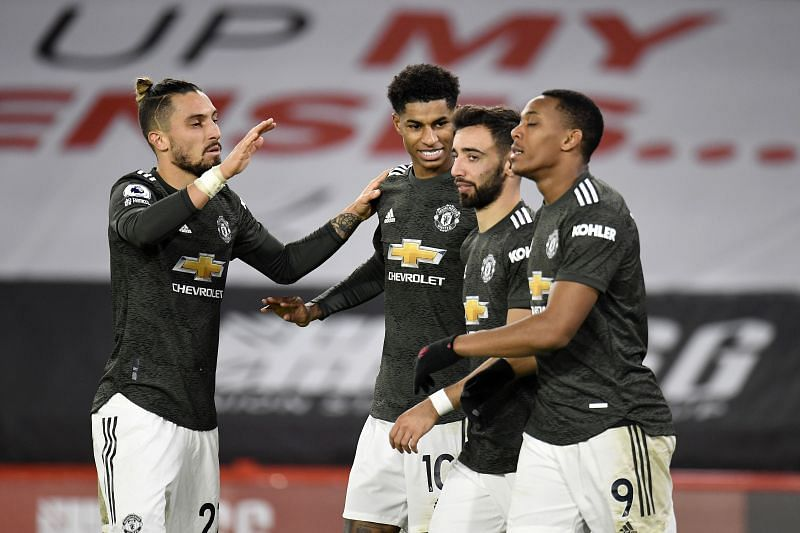 Manchester United made it 10 consecutive away wins in the Premier League