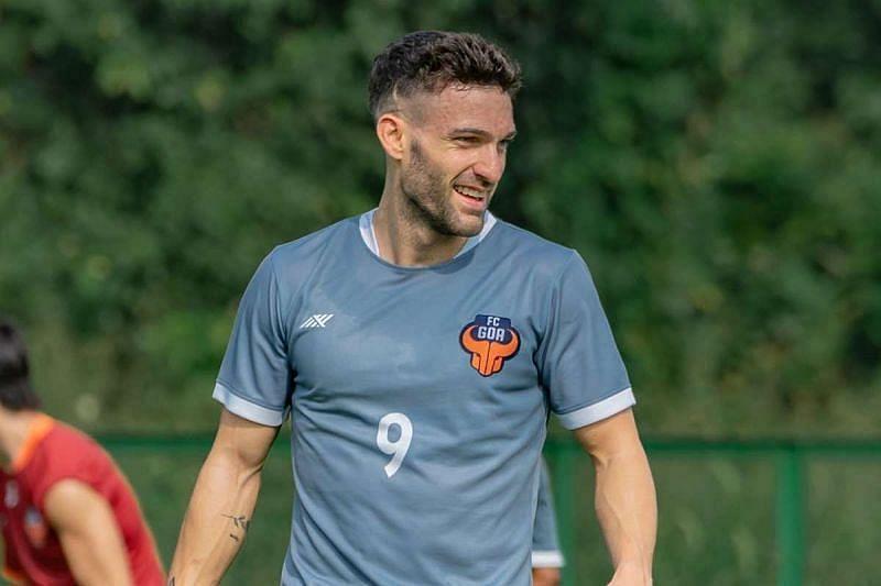 Jorge Ortiz Mendoza is a creative playmaker in the FC Goa midfield (Courtesy - FC Goa Twitter)