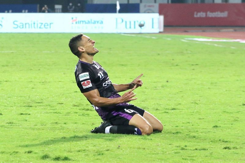 Midfielder Cole Alexander capped off a hard-working performance with a beautiful goal. Courtesy: ISL
