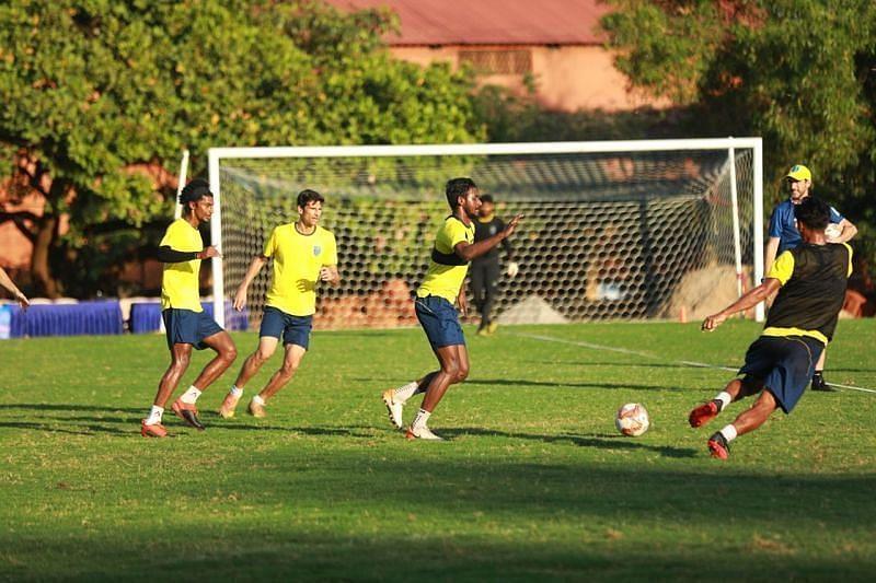 Kerala Blasters FC players undergoing training drills (Courtesy - Kerala Blasters FC Twitter)