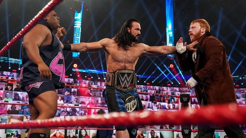 Drew McIntyre trying to be the peacemaker
