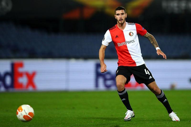 Feyenoord will trade tackles with SC Heerenveen