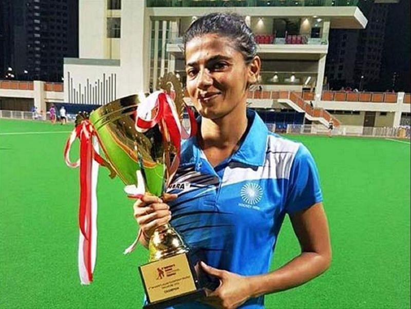 भारतीय महिला हॉकी टीम की गोलकीपर सविता