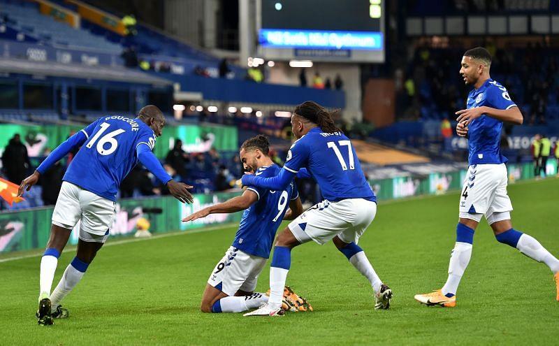 Everton beat Arsenal 2-1 at Goodison Park
