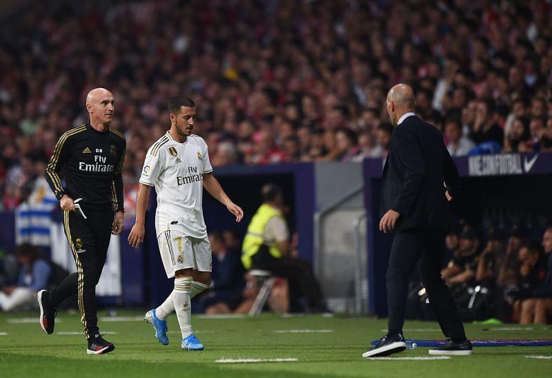 Eden Hazard said that he would like to have Zinedine Zidane