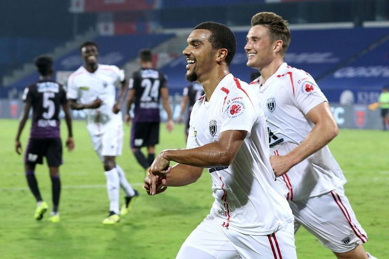 Appiah (L) was missed by NorthEast United FC today (Image courtesy: ISL)