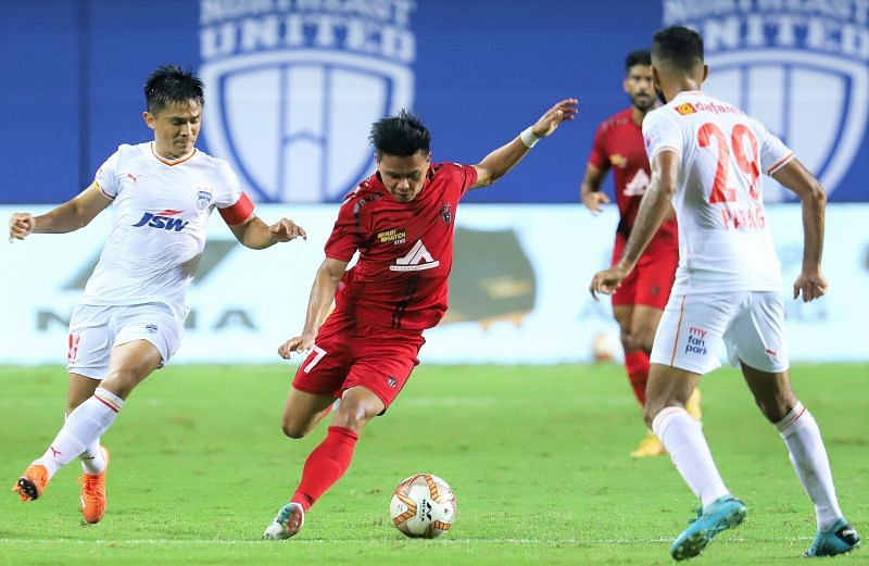 A victory was imperative for both BFC and NEUFC but the winning goal remained elusive. Courtesy: ISL