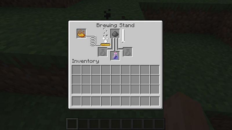 Brewing a potion of weakness into a splash potion of weakness in Minecraft. (Image via Minecraft)