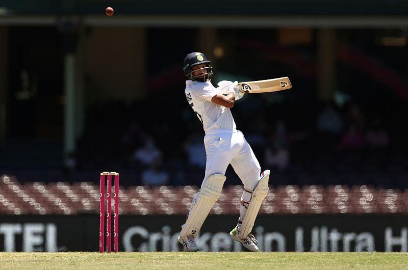 Cheteshwar Pujara played a solid 77-run knock in India