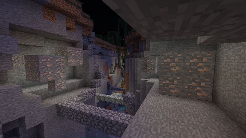 Iron ore generates in veins across Minecraft worlds in various sizes (Image via Minecraft Wiki)