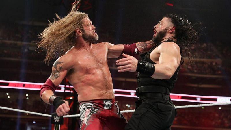 क्या आप WWE में ऐज और रोमन रेंस का मैच देखना चाहते हैं?