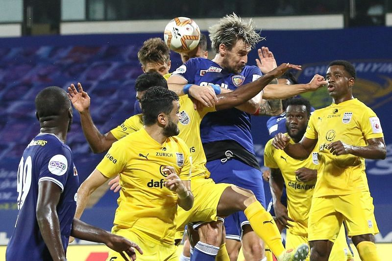 Chennaiyin FC and Mumbai City FC players in action in their ISL match (Image Credits: ISL Media)