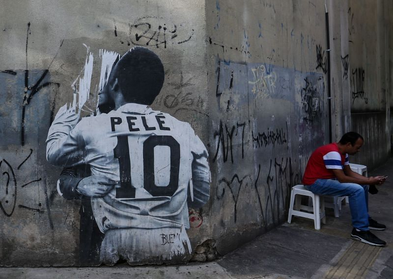Santos claimed that Pele scored 1091 goals for them.