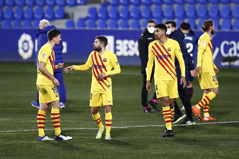 Barcelona defeated Huesca away from home