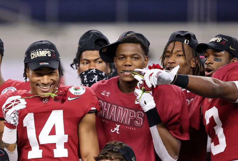 Alabama defeats Notre Dame for a shot at the CFB Championship