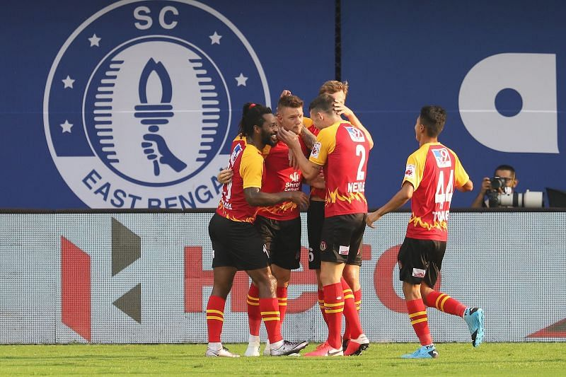SC East Bengal players celebrate after Anthony Pilkington scored the first goal for them against Odisha FC (Image Courtesy: ISL Media)