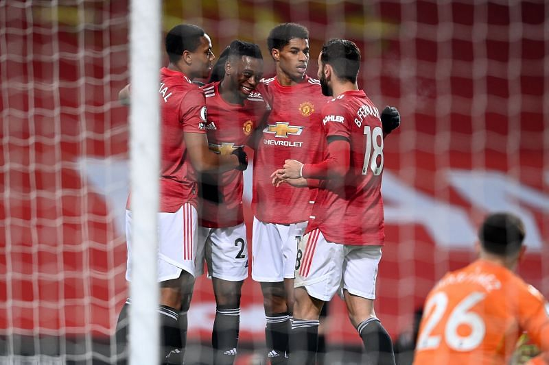 Manchester United are appearing as darkhorses for the Premier League title.