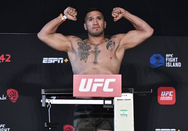 UFC Fight Night Chiesa v Magny: Weigh-Ins