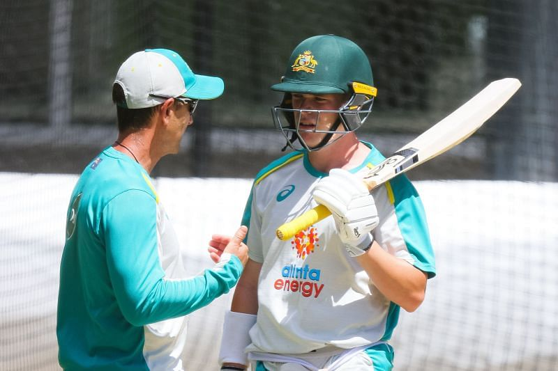 Marcus Harris (right) will replace his Victorian teammate Will Pucovski for the final Test.