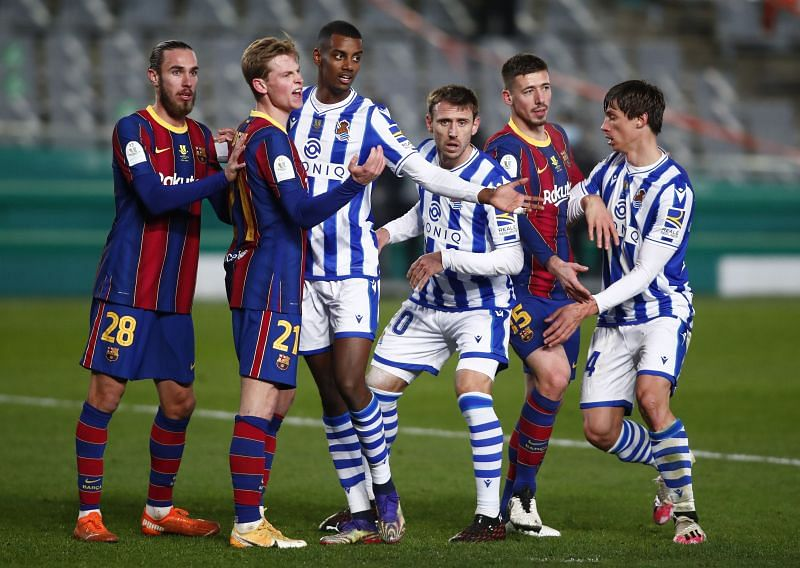 Real Sociedad and Barcelona in the semifinal of the 2020-21 Spanish Super Cup