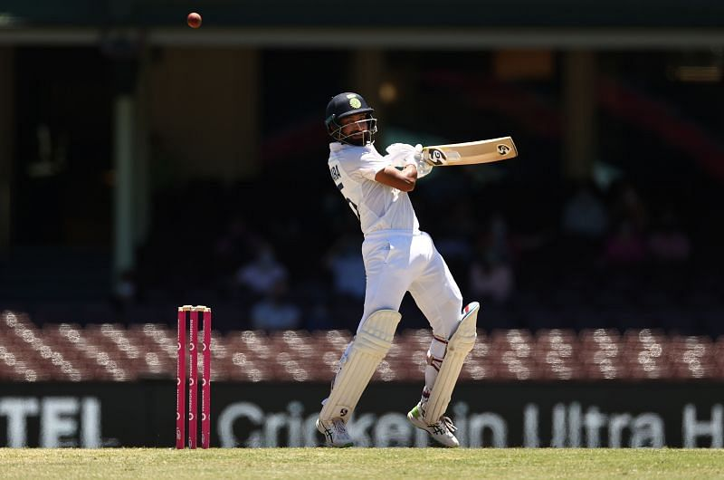 Cheteshwar Pujara reached 6000 career runs during the course of his innings